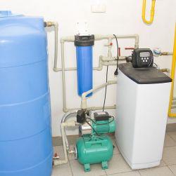 Насосная станция с системой очистки воды